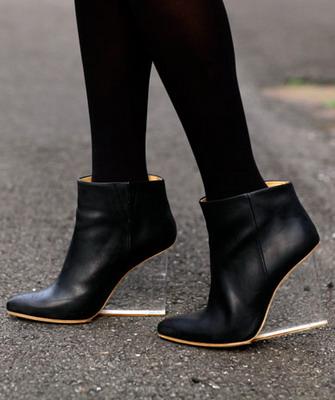 Обувь на танкетке - фото