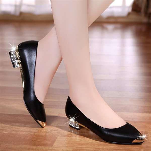 Модные туфли весна 2017 женские на низком каблуке