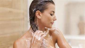 Если мыть голову каждый день волосы растут быстро