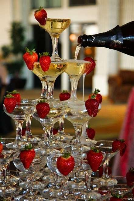 Без права на ошибку: сколько алкоголя нужно на свадьбу?