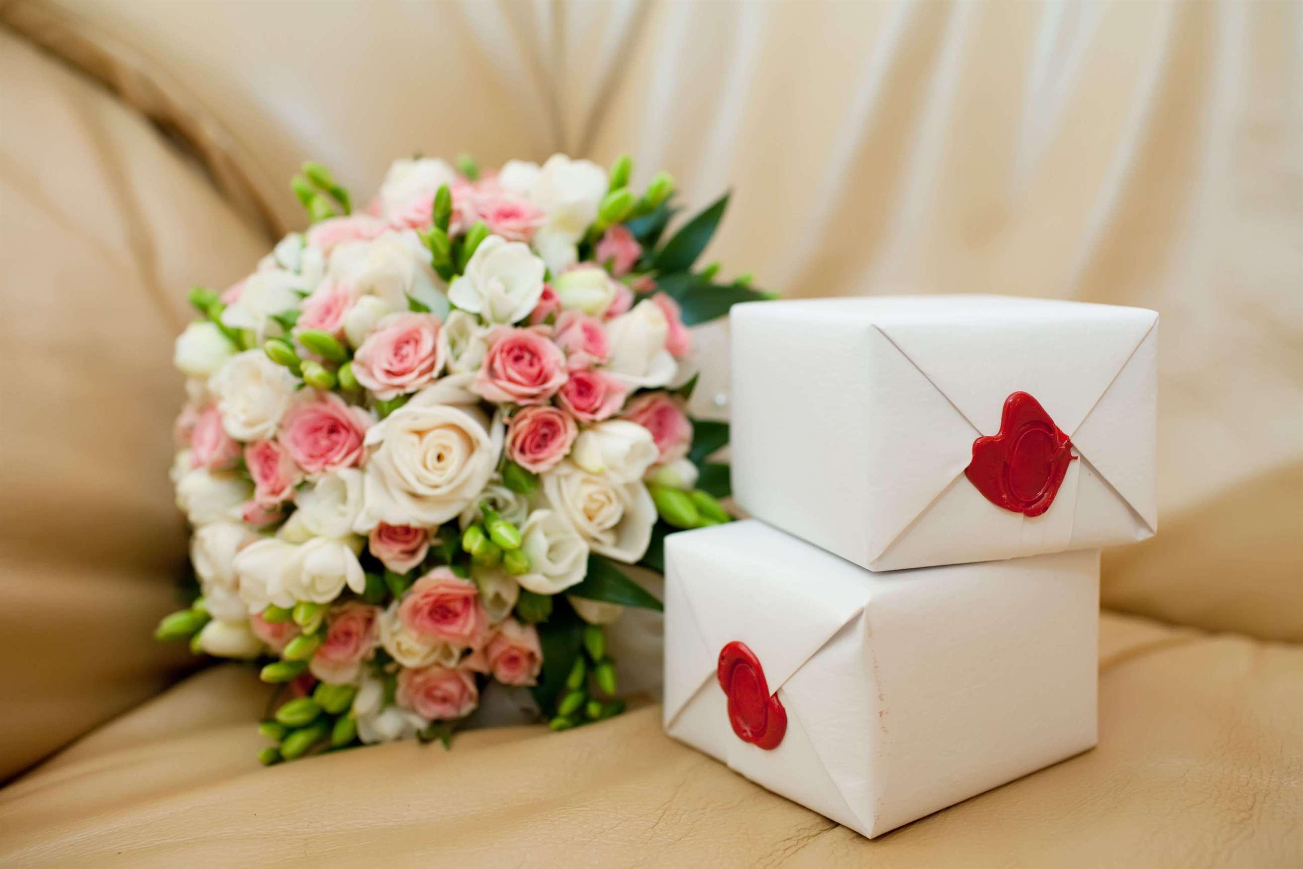 Картинка подарок на свадьбу