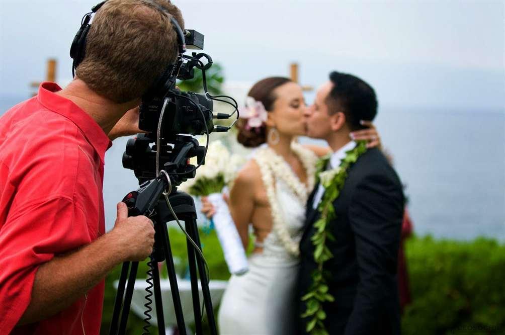 яркая ли вспышка у свадебного фотографа время мне